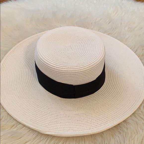 f36bbd884 Nine West beach hat - never used NWT